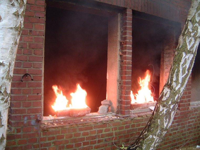 Brennende_Fenster.jpg