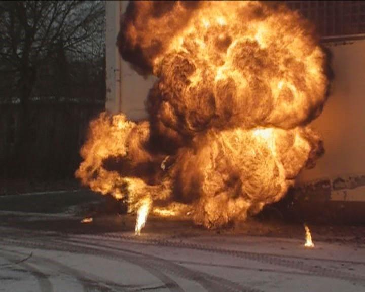 Explosion2.jpg